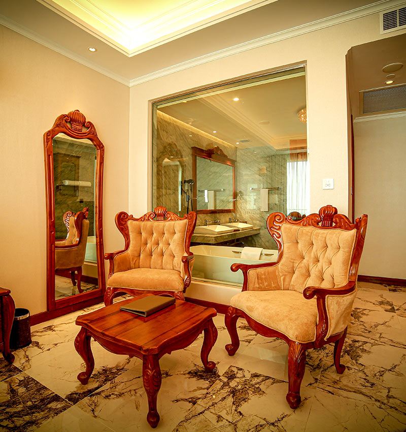 Well furnished Presidential Suite
