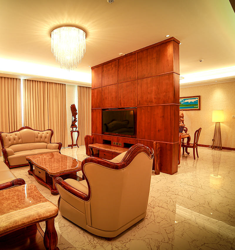 Spacious living area of Presidential Suite