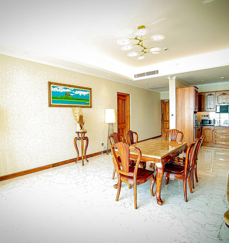 Well equipped Royal Suite dining area