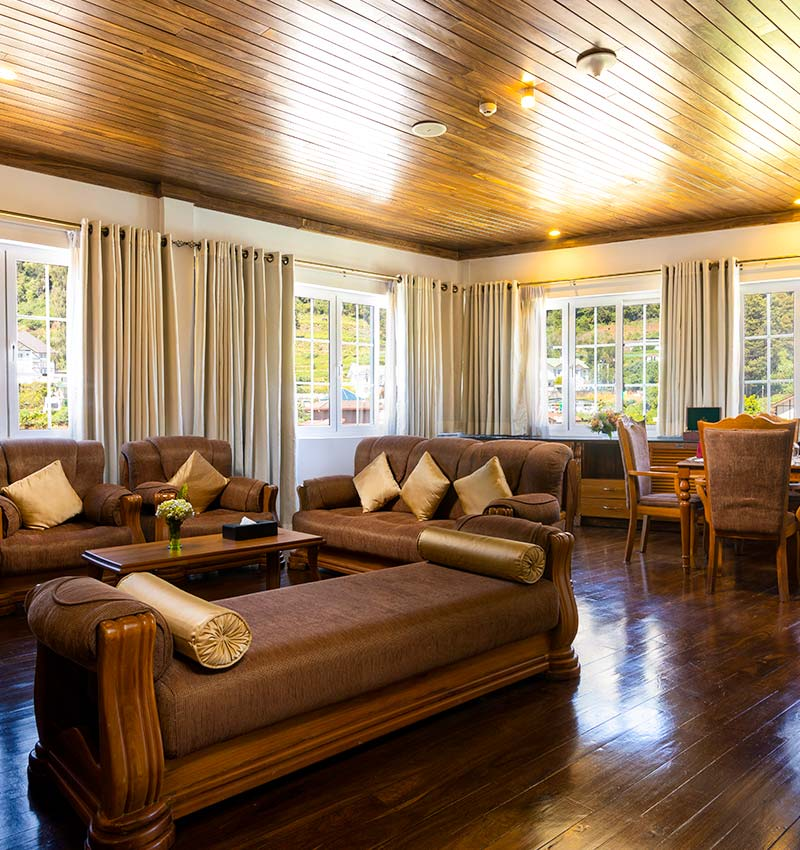 Royal Suite Living Area with Comfy Seating